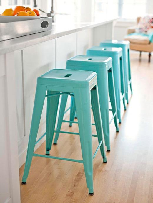 bright-aqua-stools-bhg